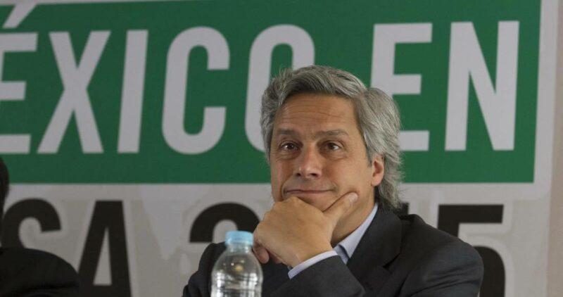 Claudio X. lidera la oposición a AMLO con dinero de traficantes de influencias, afirma el periodista de Proceso, Álvaro Delgado, investigador de ese caso