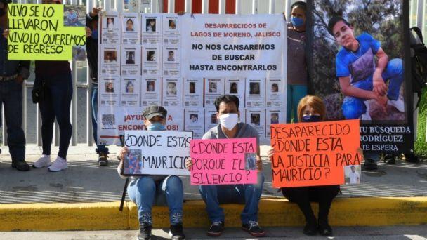 El Cartel Jalisco Nueva Generación recluta a la fuerza a jóvenes y autoridades jaliscienses no investigan, denuncian padres de las víctimas