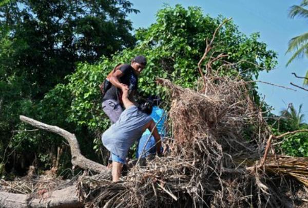 Si no hay ayuda para América Central, afectada por el huracán Iota, habrá más migración, advierte el presidente guatemalteco
