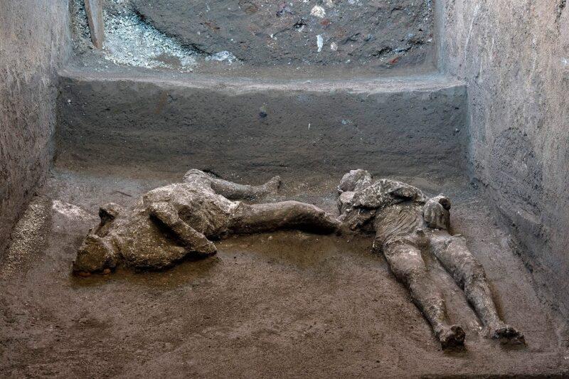 Hallan en Pompeya a víctimas de la erupción del Vesubio en el 79 d.C