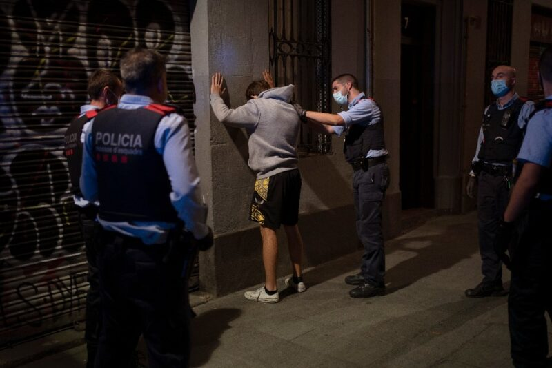 Videos: Resistencia en Europa por nuevos confinamientos Covid-19