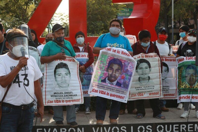 Inexacto, que haya fracasado el arresto de dos militares por fallas del fiscal de Ayotzinapa