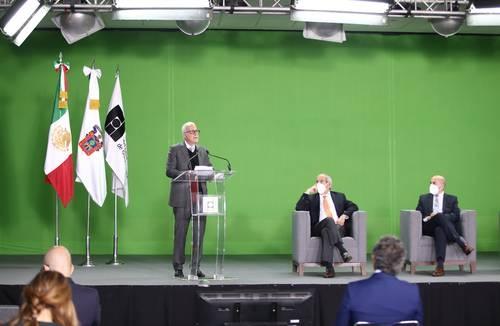 Atizan riña con el Presidente en apertura de la FIL-Guadalajara