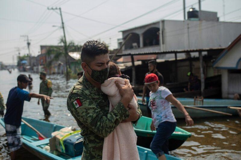 Video: Para evitar daño mayor a Villahermosa se afectó zona chontal: AMLO