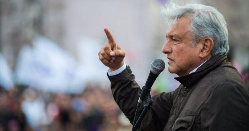 AMLO fijará su posición respecto a elecciones en EU tan pronto llegue a Villahermosa, en breve, informa Ebrard
