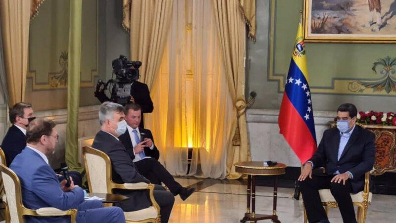 """Video: Maduro agradece a Putin por """"el interés en el proceso democrático de Venezuela"""""""