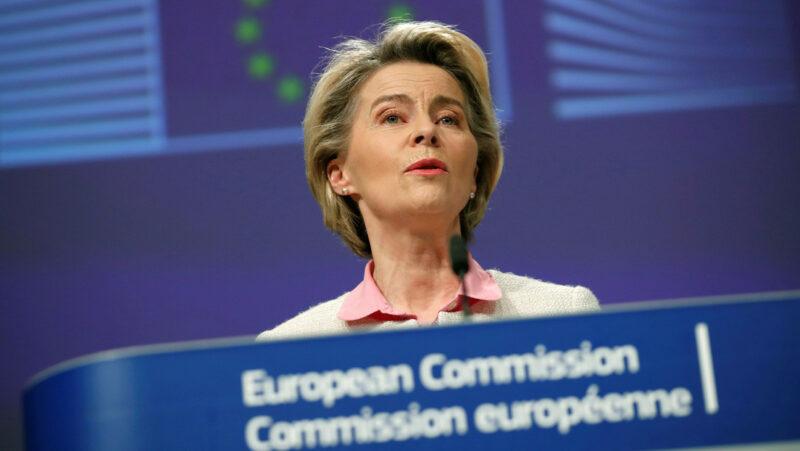 La Unión Europea y el Reino Unido alcanzan un acuerdo comercial 'in extremis' sobre el Brexit