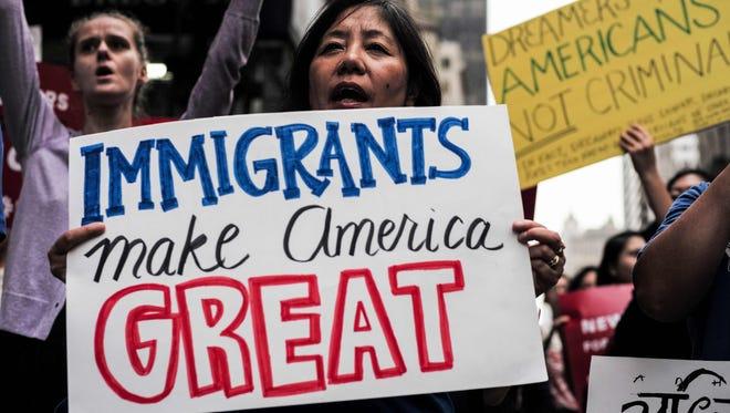 En su primer día como presidente, Biden protegerá a los dreamers y en menos de cien días formulará la reforma migratoria