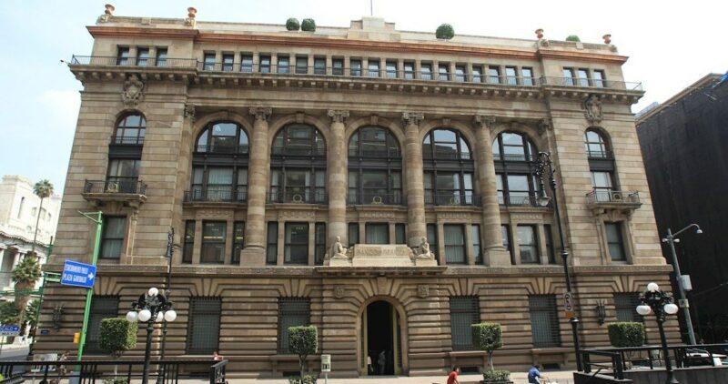 Diputados posponen sospechosa Ley sobre monedas presionados por Banxico y las calificadoras