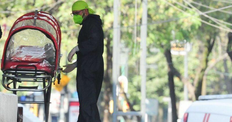 """Video: AMLO: """"Ha sido terrible enfrentar la pandemia; se declaró en rojo a la Ciudad de México para que no nos rebasara"""""""
