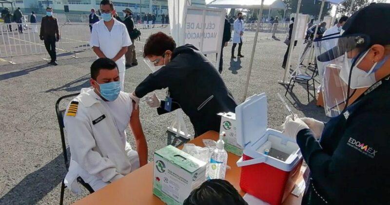 No hubo contratiempos y se logró el objetivo, dice López-Gatell del día 1 de vacunación