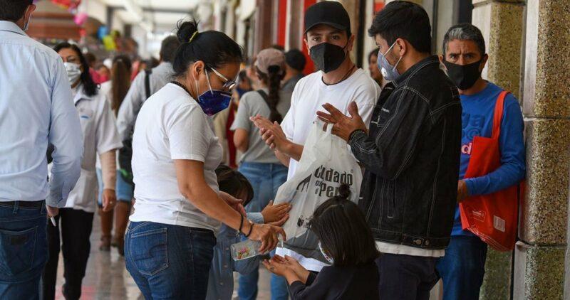 México, entre los países que más usa cubrebocas de forma voluntaria; supera a EU y Canadá: López Gatell