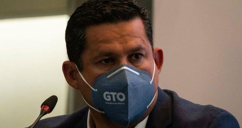 Hospitalizan al gobernador de Guanajuato, Diego Sinhue Rodríguez Vallejo, por contagio de COVID-19.