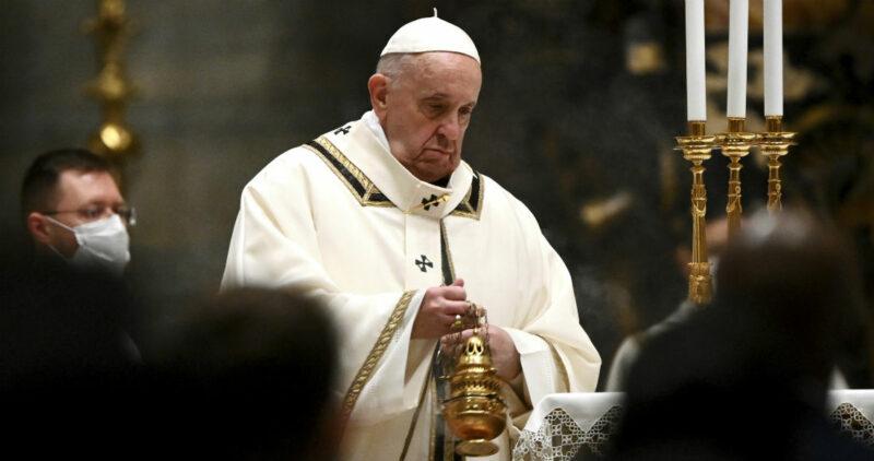 """El Papa pide a farmacéuticas y a países """"vacunas para todos"""" y, en especial, a los más vulnerables"""