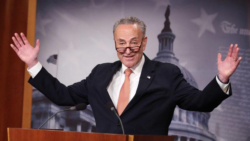 El cheque de ayuda, una pelea en el Senado que promete durar toda la semana