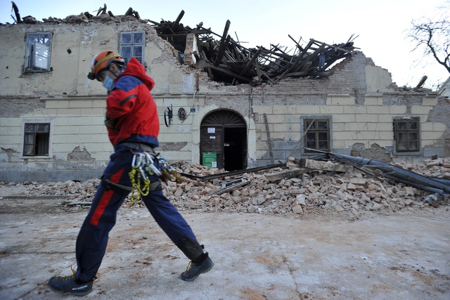 Reportan seis muertos en sismo de 6.3 en Croacia