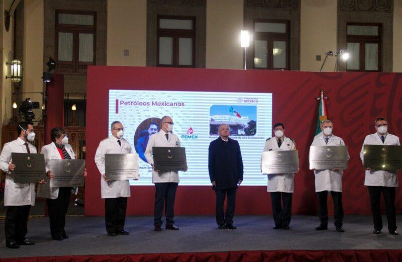 El Gobierno adjudica la condecoración Miguel Hidalgo a 980 hospitales del país que atienden a enfermos de Covid-19