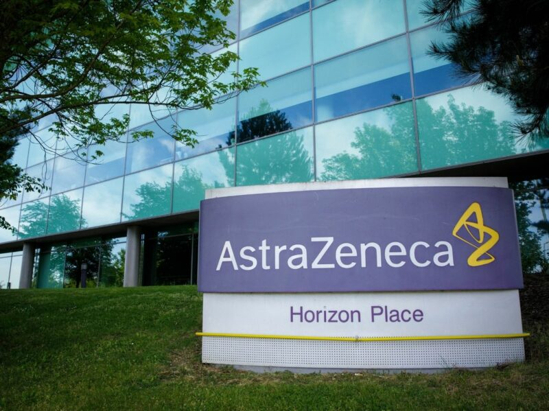México dispondrá de 77.4 millones de la vacuna contra COVID-19 de Astra Zeneca Oxford, que producirá con Argentina para América Latina, excepto Brasil