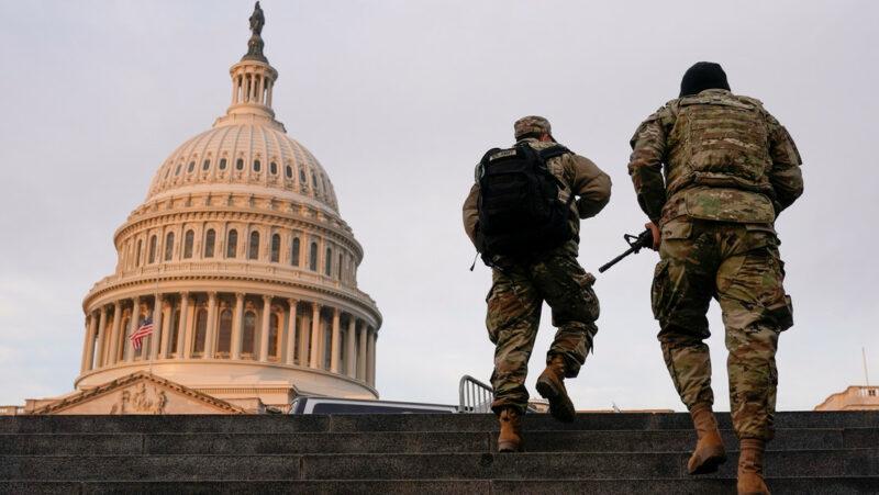 Video: Washington, una fortaleza: militares, policías, cercas en el operativo de seguridad de la toma de posesión de Biden, el miércoles