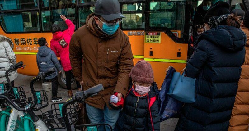 El mundo supera los 95 millones de contagios de COVID-19, informa la Universidad John Hopkins