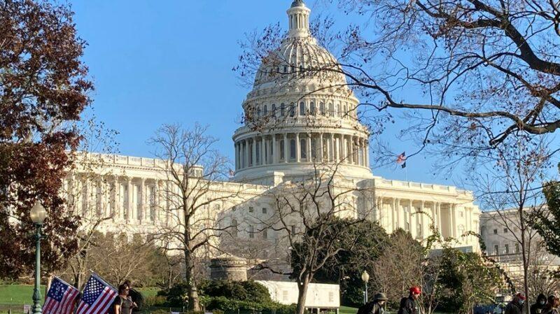 Aumentan los republicanos de la Cámara y el Senado que rechazarán la victoria de Biden, el miércoles