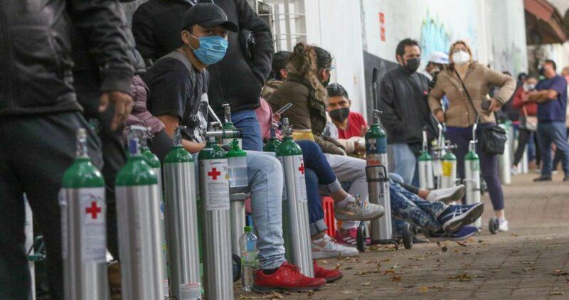 México registra más de 11 mil casos en 24 horas y llega a un millón 641,248; las muertes ya son 140,704