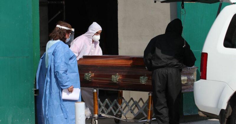 México suma 8 mil casos de COVID y 544 muertos en las últimas 24 horas; ahora son 141,248 decesos