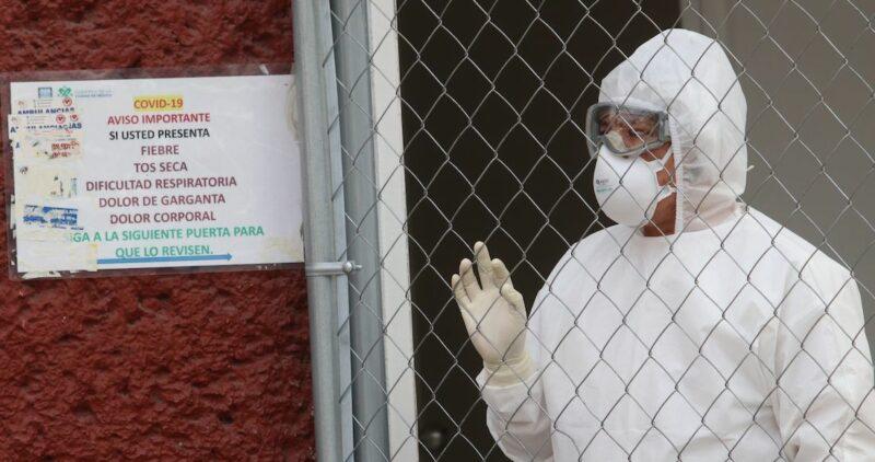 Con 16,495 casos, México rompe récord de contagios en un día; la COVID-19 deja 137,916 muertes