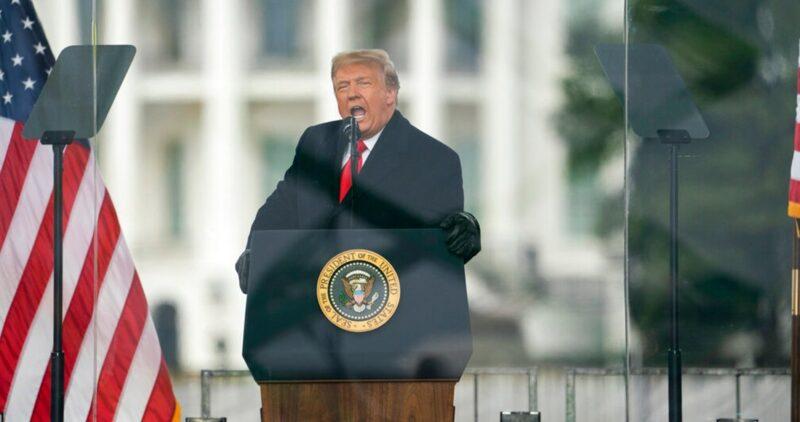 Rebelión republicana contra Trump, que no se disculpa por estimular la insurrección en el Capitolio. La mayoría de estadounidenses quieren que deje el cargo