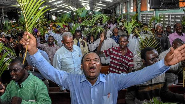Presidente de Tanzania no reconoce al COVID-19, mientras aumentan las muertes de tanzanos por nueva ola de nueva ola de infecciones
