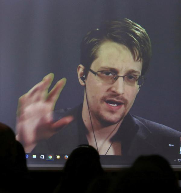 Edward Snowden, el excontratista de la CIA y de la Agencia de Seguridad Nacional de EU, agradece apoyo a Assange para no ser extraditado a este país