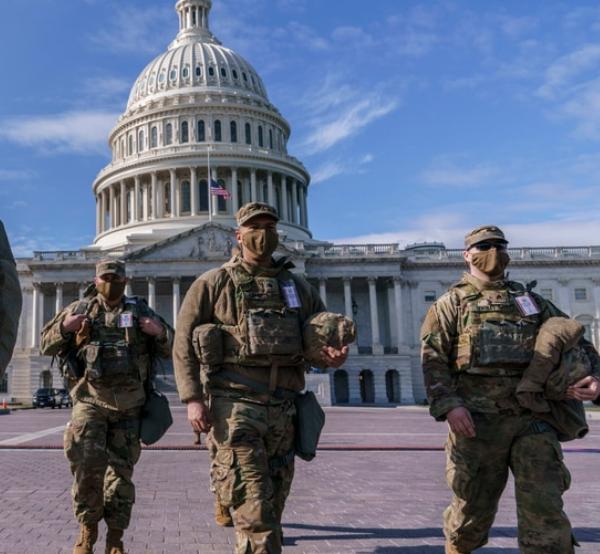 No hay evidencia de amenazas en Washington. Investigan hasta militares comisionados en la toma de posesión de Biden