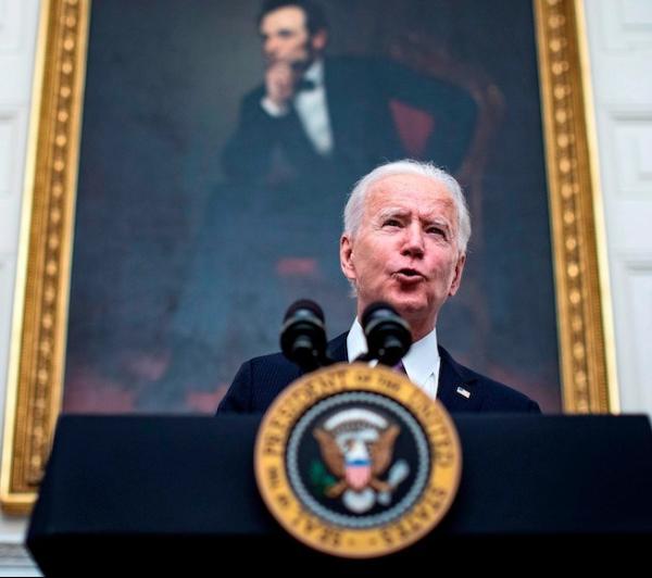 Biden impone prueba COVID previa y cuarentena de 14 días a viajeros internacionales. Empezando… ya