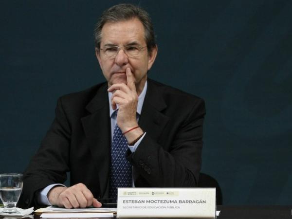 EU entrega beneplácito a Esteban Moctezuma como embajador