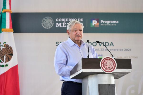 Economía crecerá de 4 a 5 por ciento en 2021, anticipa López Obrador