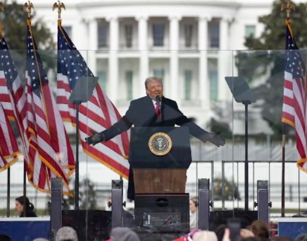 Corporativos y adinerados se suman al clamor popular y exigen que Trump no dure un solo día más en la Casa Blanca