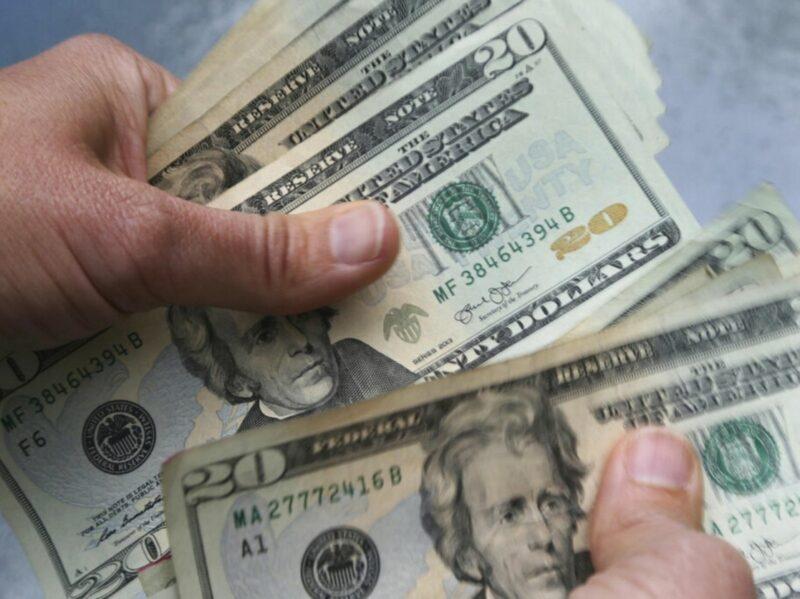 Monto sin precedente de remesas de enero a noviembre: 36 mil 945 millones de dólares, informa el Banco de México. En el 2020, superarían los 40 mil millones