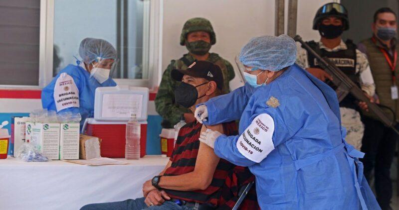 FMI: La política económica de 2021 es vacunar a todo el mundo; las nuevas mutaciones son un riesgo