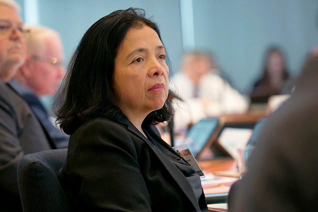 Maestros, 44 sindicatos, la Unión Nacional de Enfermeras, que integran 13 millones de miembros, piden a a los CDC reconocer la transmisión del aerosol Covid-19 para ayudar a controlar el virus