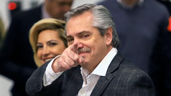 Video: Alberto Fernández pide la renuncia al ministro de Salud, Ginés González García, tras el escándalo por un 'vacunatorio VIP'