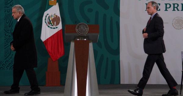 Video: López Obrador dice que respeta mucho a López-Gatell pero que no piensa usar el cubrebocas