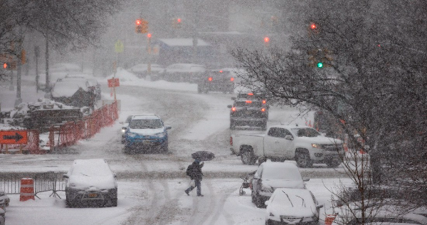 """Joe Biden declara un """"desastre mayor"""" en Texas por tormenta invernal que ya dejó 59 muertos"""