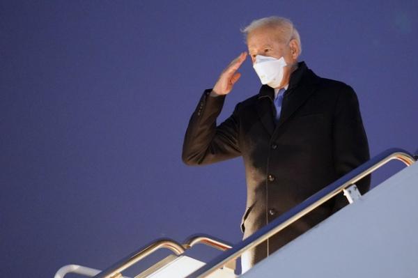 """Biden cancela el programa de solicitantes de asilo """"Espera en México"""". Permitirá el ingreso paulatino de quienes aguardan la resolución de sus casos"""