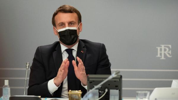 """Presidente de Francia afirma que en la """"guerra mundial"""" contra la pandemia, hay que unirse a Rusia y China"""