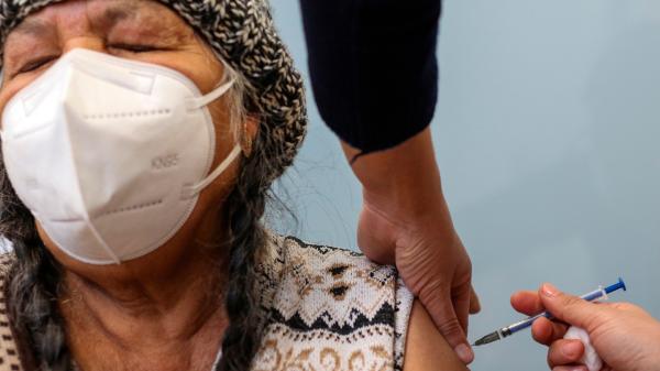 Video: En el primer día de la vacunación, se aplicaron dosis a 53 mil 369 adultos mayores