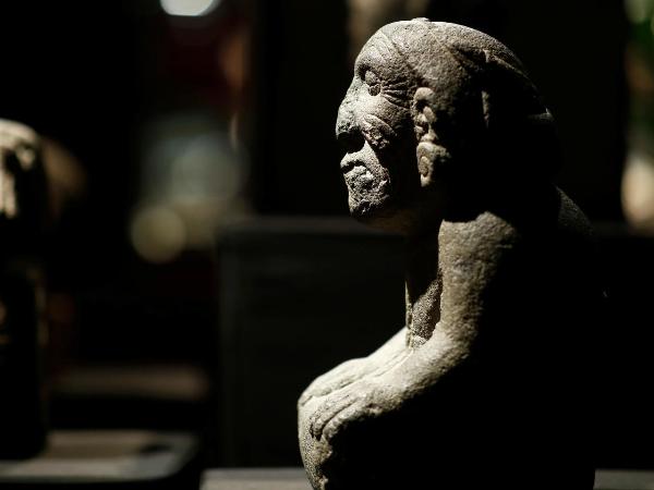 México no logró impedir la venta de piezas prehispánicas de su patrimonio en París