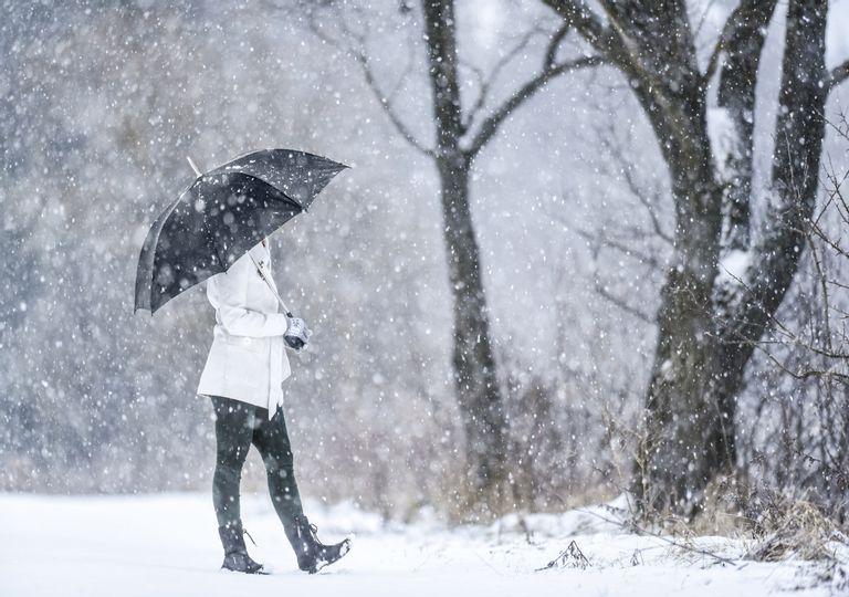 Apagón en el norte del país por tormenta invernal deja sin energía eléctrica a 400 mil usuarios