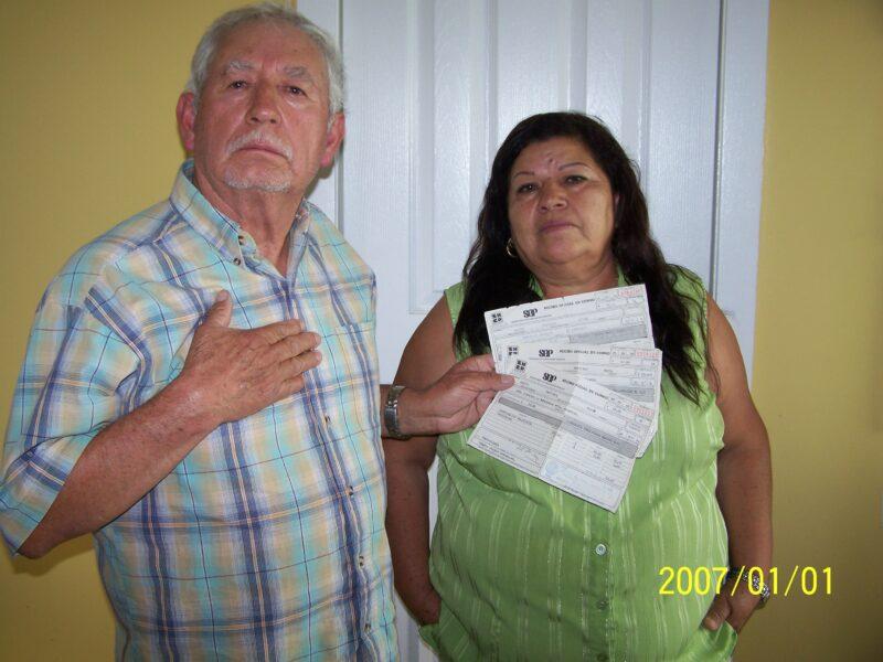 El gobierno mexicano nunca ha tenido la voluntad política para investigar a fin de saber quién mató a Colosio, acusa el padre de Mario Aburto. Perdona a Salinas