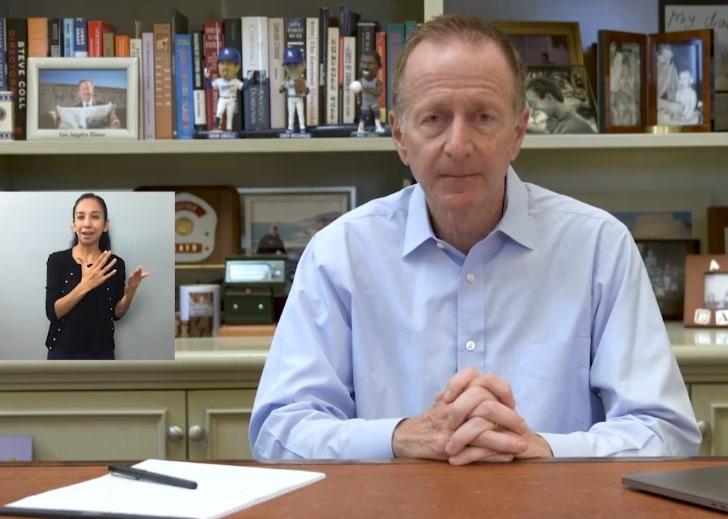 Hay condiciones para que las clases presenciales se reanuden en abril, afirma el Superintendente Beutner