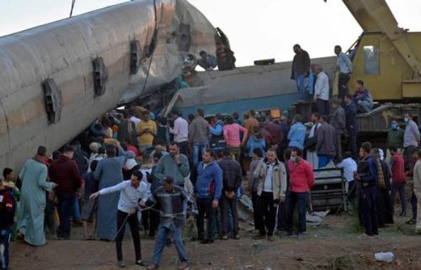 Choque de trenes en Egipto deja 32 muertos y 165 heridos